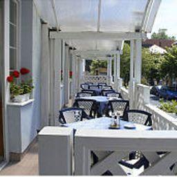 Erzsebet-Heviz-Terrace-146014.jpg