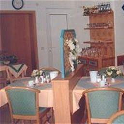 Harbauer-Schwarzenbruck-Restaurantbreakfast_room-2-146331.jpg
