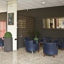 Hall du Golf de Saint Laurent INTER-HOTEL Ploemel (Brittany)