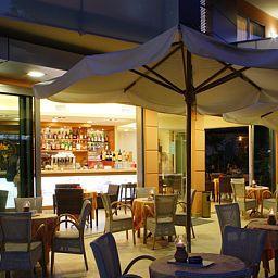 Daniele-Lignano_Sabbiadoro-Hotel_bar-1-147230.jpg