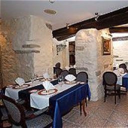 Olevi_Residents-Tallinn-Restaurant-4-150813.jpg