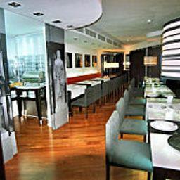 Quatro_Puerta_del_Sol-Madrid-Breakfast_room-2-151269.jpg