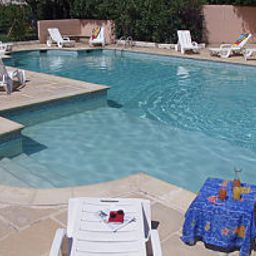 Piscina Royal Hotel Aigues-Mortes (Languedoc-Roussillon)