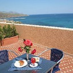 Punta_Nord-Est-Castellammare_del_Golfo-Terrace-154433.jpg