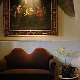 Schloss_Muehldorf-Feldkirchen_an_der_Donau-Interior_view-154587.jpg