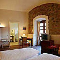 Schloss_Muehldorf-Feldkirchen_an_der_Donau-Room-154587.jpg