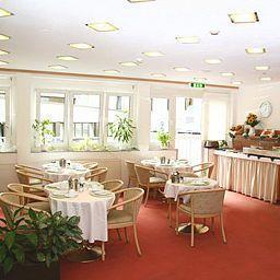 Adler-Frankfurt_am_Main-Breakfast_room-154608.jpg