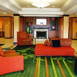 Fairfield_Inn_Suites_Cleveland_Avon-Avon-Hall-3-158168.jpg