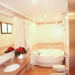 Polo-Usmate_Velate-Bathroom-159926.jpg