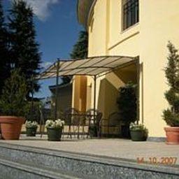 Polo-Usmate_Velate-Garden-159926.jpg