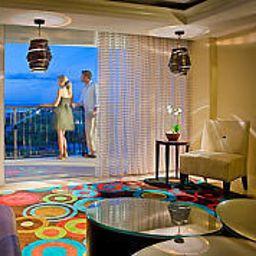 Bar de l'hôtel Aruba Marriott Resort & Stellaris Casino