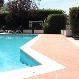 Swimming pool Best Western Roma Tor Vergata