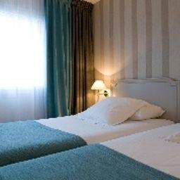 Paris_Neuilly-Neuilly-sur-Seine-Double_room_standard-12-161334.jpg