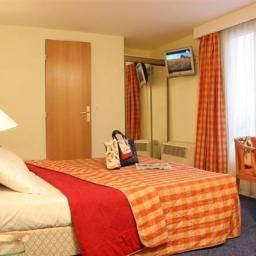 Moulin_Plaza-Paris-Room-3-161612.jpg