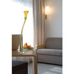 Novotel_Beaune-Beaune-Room-7-161991.jpg