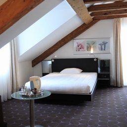 St_Josef-Zurich-Room-3-162415.jpg