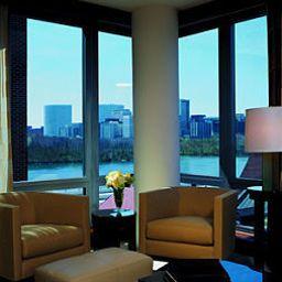 D_C_Washington_The_Ritz-Carlton_Georgetown-Washington_D_C_-Standardzimmer-3-163267.jpg