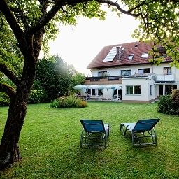 Schacherer_Garni-Muellheim-Garden-2-163405.jpg