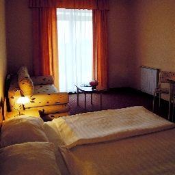 Platan-Debrecen-Zimmer_mit_Balkon-1-164098.jpg