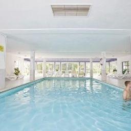 Sonnenhotel_Eichenbuehl-Langdorf-Pool-2-164371.jpg