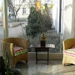 Hotel_am_Fluss-Neuburg-Reception-3-164374.jpg