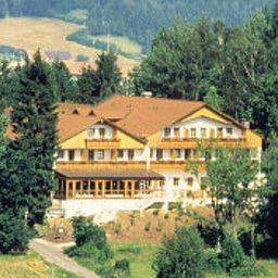 Sonnenhotel_Eichenbuehl-Langdorf-Exterior_view-2-164371.jpg