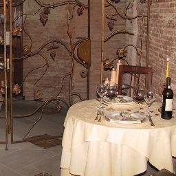 Villa_Bianca-Gambassi_Terme-Restaurant_1-164835.jpg