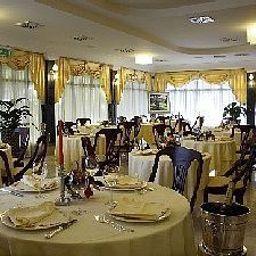 Villa_Bianca-Gambassi_Terme-Restaurant-164835.jpg