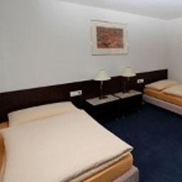Sternen-Aarau-Double_room_superior-2-168180.jpg
