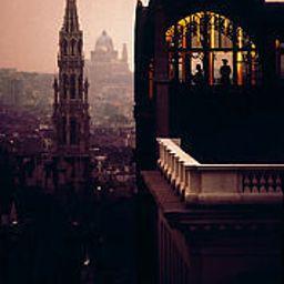 Informacja Courtyard Brussels