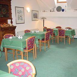 Lauer-Schoeneck-Breakfast_room-169997.jpg