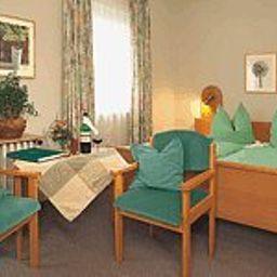 Am_Rehwald_Landhaus-Donzdorf-Room-171487.jpg