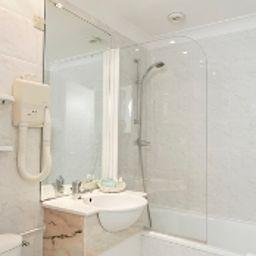 Best_Western_New_York-Nice-Bathroom-1-171645.jpg