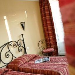 Best_Western_New_York-Nice-Room-7-171645.jpg
