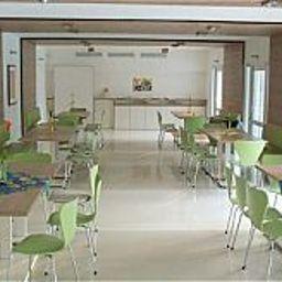 Silvio_Gesell-Wuppertal-Restaurantbreakfast_room-1-171688.jpg