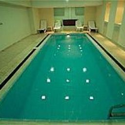 Swimming pool Marinem Hotel