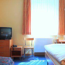 Goldene_Gans_Gasthaus-Manheim-Room-2-172162.jpg