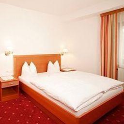 Neuwirt_Gasthof-Wildermieming-Room-2-175364.jpg
