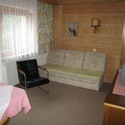 Haus_Zobl_Herma_Pension-Schattwald-Apartment-3-178120.jpg