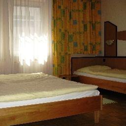Fritz_Matauschek_Hotel_Restaurant-Vienna-Family_room-3-179022.jpg