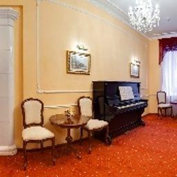 Art-Hotel_Mokhovaya_--Sankt-Peterburg-Hotelhalle-10-181033.jpg