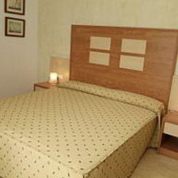 Internacional-Calella-Room-3-194189.jpg