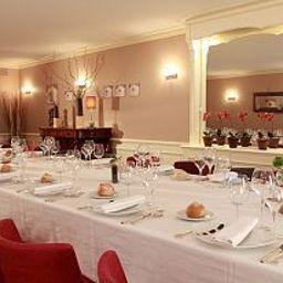 de_la_Poste_Chateaux_et_Hotels_Collection-Charolles-Banquet_hall-200613.jpg