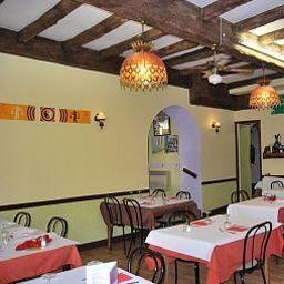 La_Fontaine-Lourdes-Restaurantbreakfast_room-203880.jpg