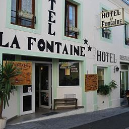La_Fontaine-Lourdes-Exterior_view-203880.jpg