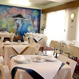 Le_Moderne-Menton-Hotel_bar-1-204602.jpg