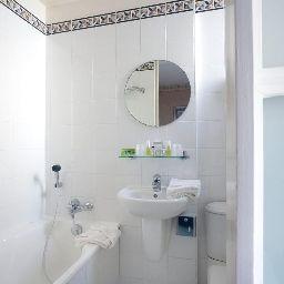 Atlantis_Saint-Germain_des_Pres-Paris-Bathroom-4-205030.jpg