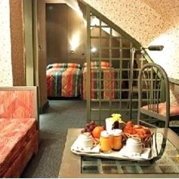 Hotel interior Elysées
