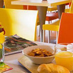 Premiere_Classe_Coignieres_Maurepas-Maurepas-Breakfast_room-207875.jpg