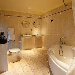Bathroom Savoy Park